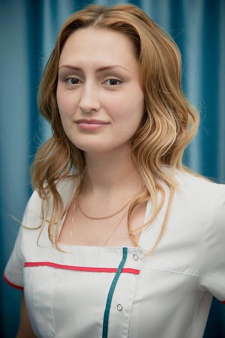 Листаренкова Екатерина - Мастер маникюра и педикюра